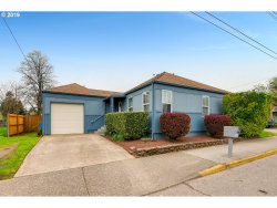 Photo of 3045 SE 122ND AVE, Portland, OR 97236 (MLS # 19272822)