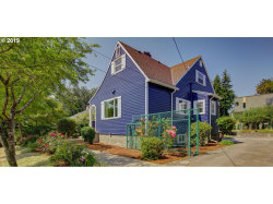 Photo of 3103 SE SHERRETT ST, Portland, OR 97222 (MLS # 19273544)