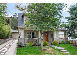 Photo of 7304 SW 28TH AVE, Portland, OR 97219 (MLS # 19296989)