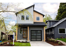 Photo of 2563 SE 70th ST, Portland, OR 97035 (MLS # 19307094)