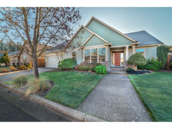 Photo of 138 WATERSTONE DR, Eugene, OR 97404 (MLS # 19307188)