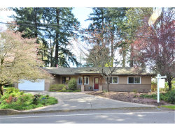 Photo of 14580 UPLANDS DR, Lake Oswego, OR 97034 (MLS # 19319473)