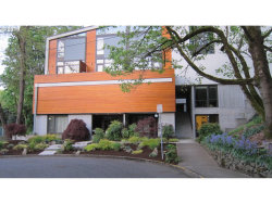 Photo of 245 SW MEADE ST, Portland, OR 97201 (MLS # 19319619)