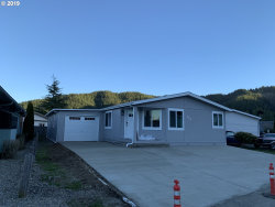 Photo of 100 RIVER BEND RD , Unit SP114, Reedsport, OR 97467 (MLS # 19325678)