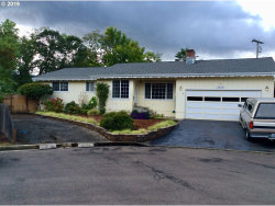 Photo of 1410 NW EL DORADO CT, Roseburg, OR 97471 (MLS # 19362518)