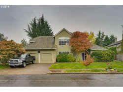 Photo of 807 ALICIA CT, West Linn, OR 97068 (MLS # 19368291)