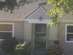 Photo of 2617 SE 60TH AVE, Portland, OR 97206 (MLS # 19392618)
