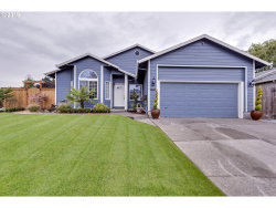 Photo of 1504 SW CLOVERDALE WAY, Aloha, OR 97003 (MLS # 19394355)