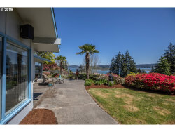 Photo of 1730 KOOS BAY BLVD, Coos Bay, OR 97420 (MLS # 19418156)
