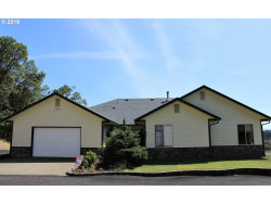 Photo of 500 OAKLEY RD, Roseburg, OR 97471 (MLS # 19420357)