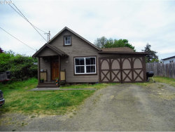 Photo of 187 E 8TH PL, Coquille, OR 97423 (MLS # 19424537)
