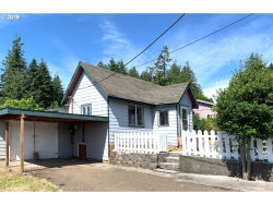 Photo of 864 E 10TH ST, Coquille, OR 97423 (MLS # 19427963)