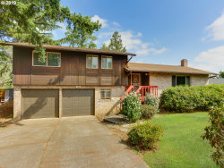 Photo of 3161 SE PARK AVE, Milwaukie, OR 97222 (MLS # 19431328)