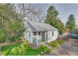Photo of 13010 SE BRIGGS ST, Milwaukie, OR 97222 (MLS # 19432446)
