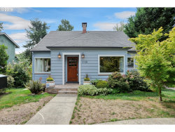 Photo of 3128 SW HUME ST, Portland, OR 97219 (MLS # 19444272)
