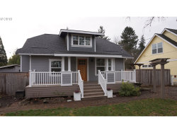 Photo of 3400 SE PINEHURST AVE, Milwaukie, OR 97267 (MLS # 19449149)