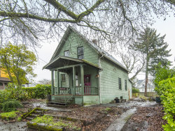 Photo of 2615 SE 13TH AVE, Portland, OR 97202 (MLS # 19456785)