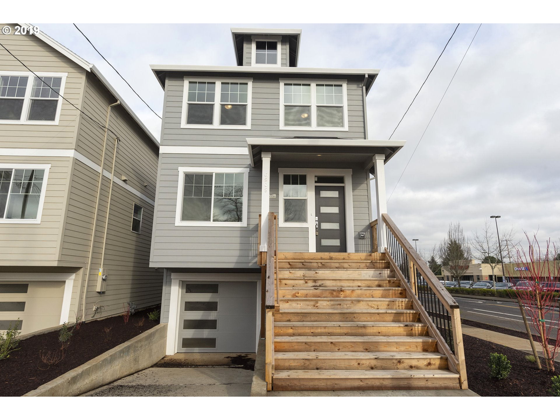 Photo for 6905 N JERSEY ST, Portland, OR 97203 (MLS # 19490217)
