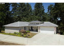 Photo of 6121 SW PROSPERITY PARK RD, Tualatin, OR 97062 (MLS # 19499957)