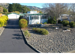 Photo of 15961 BAYVIEW DR, Brookings, OR 97415 (MLS # 19500268)