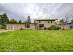 Photo of 237 SE 111TH AVE, Portland, OR 97216 (MLS # 19509603)