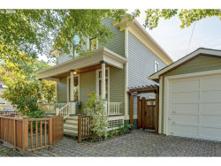 Photo of 2933 SE 26TH AVE, Portland, OR 97202 (MLS # 19509630)