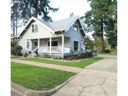 Photo of 202 ADAMS AVE, Cottage Grove, OR 97424 (MLS # 19516355)