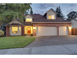 Photo of 12210 SE BLUFF DR, Clackamas, OR 97015 (MLS # 19542860)