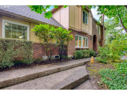 Photo of 1736 PALISADES TERRACE DR, Lake Oswego, OR 97034 (MLS # 19552856)