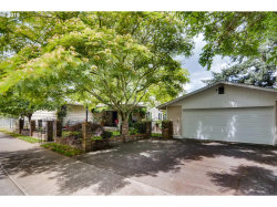 Photo of 6550 SE 87TH AVE, Portland, OR 97266 (MLS # 19572957)