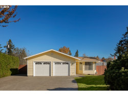 Photo of 11070 SE 63RD CT, Milwaukie, OR 97222 (MLS # 19574245)
