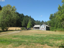 Photo of 324 PONDEROSA DR, Roseburg, OR 97471 (MLS # 19581502)