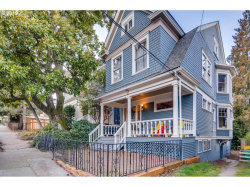 Photo of 2349 NW HOYT ST, Portland, OR 97210 (MLS # 19582877)