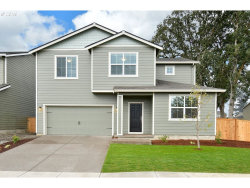 Photo of 864 North Valley DR, Molalla, OR 97038 (MLS # 19591723)