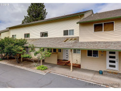 Photo of 407 N HAYDEN BAY DR, Portland, OR 97217 (MLS # 19596155)
