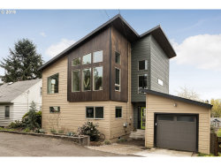 Photo of 1822 SW MOSS ST, Portland, OR 97219 (MLS # 19598627)