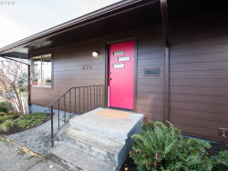 Photo of 625 SE 71ST AVE, Portland, OR 97215 (MLS # 19601907)