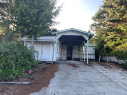 Photo of 1600 RHODODENDRON DR SPAC , Unit 33, Florence, OR 97439 (MLS # 19604094)