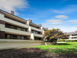Photo of 5250 SW LANDING DR , Unit 306, Portland, OR 97239 (MLS # 19611081)