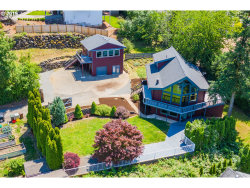 Photo of 9360 SE 92ND AVE, Happy Valley, OR 97086 (MLS # 19619032)