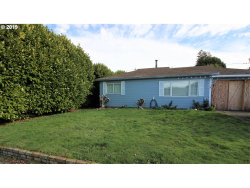 Photo of 1731 GRANT, North Bend, OR 97459 (MLS # 19626151)