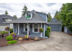 Photo of 10027 SE CHAMPAGNE LN, Happy Valley, OR 97086 (MLS # 19637485)