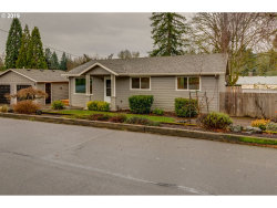 Photo of 15705 SE HUGH AVE, Milwaukie, OR 97267 (MLS # 19639274)