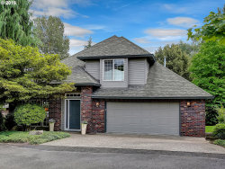 Photo of 1675 CARRIAGE WAY, West Linn, OR 97068 (MLS # 19639294)