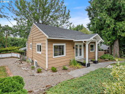 Photo of 3827 SW DOLPH CT, Portland, OR 97219 (MLS # 19663374)