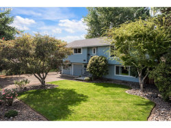 Photo of 12067 SE 37TH AVE, Milwaukie, OR 97222 (MLS # 19673188)
