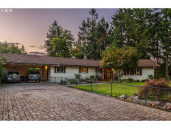 Photo of 2706 W ORIOLE DR, Roseburg, OR 97471 (MLS # 19679755)