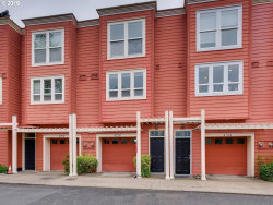 Photo of 4728 SW VIEW POINT TER, Portland, OR 97239 (MLS # 19685499)