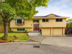 Photo of 17235 SE VALLEY VIEW RD, Milwaukie, OR 97267 (MLS # 19690206)