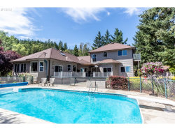 Photo of 902 Mulberry LN, Roseburg, OR 97471 (MLS # 20015328)